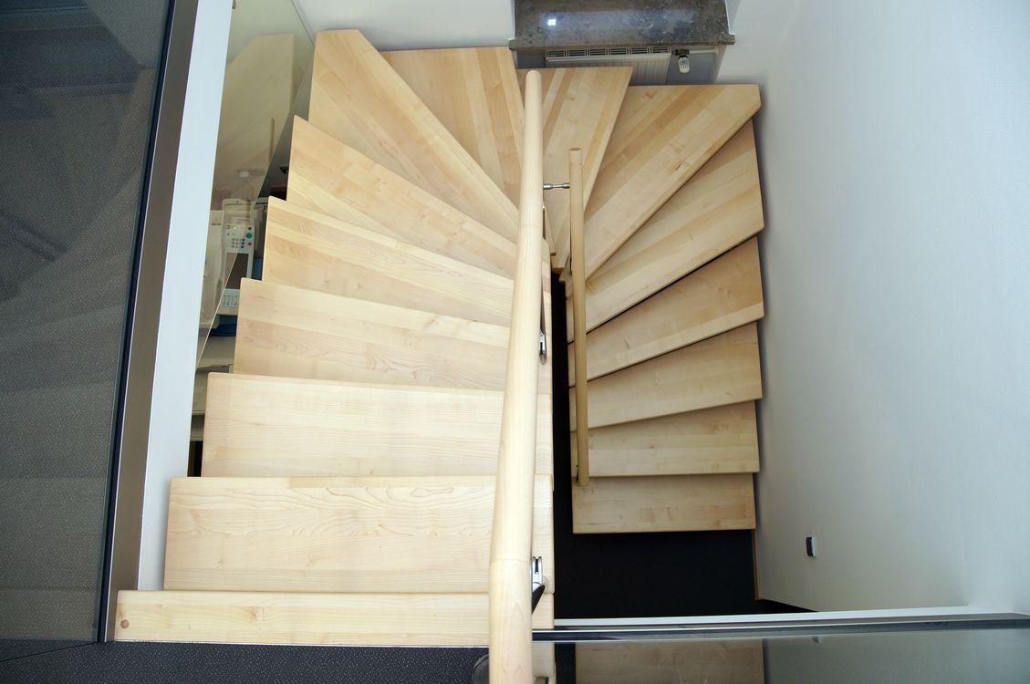treppe 1 2 gewendelt
