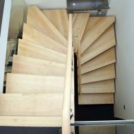 Aufgesattelte Treppe 1/2 gewendelt