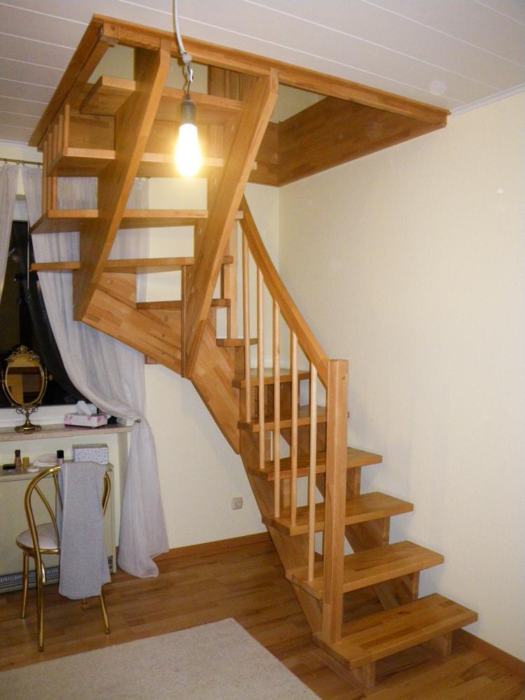 klein raumspartreppen treppenzentrum schmid. Black Bedroom Furniture Sets. Home Design Ideas
