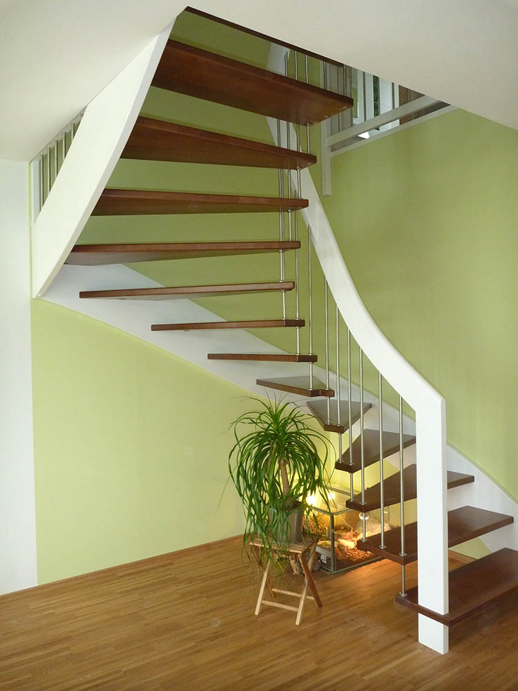 wangenfreie treppen treppenzentrum schmid. Black Bedroom Furniture Sets. Home Design Ideas